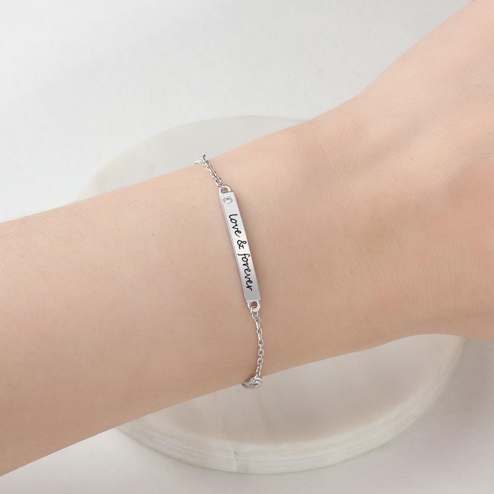 Женский браслет с гравировкой имени, браслет для подружки невесты с персонализированной серебряной таблицей с именем, выгравированным на з...