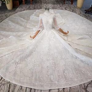 Image 4 - HTL984 boho weselny strój koronki pół rękawa latarnia koronki na szyję dziurka od klucza powrót luksusowe suknie ślubne wzburzyć pociąg vestido boda