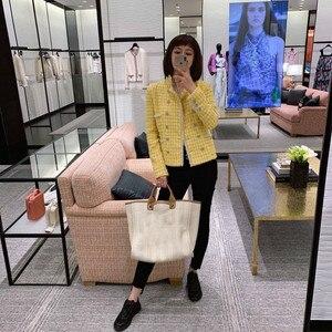 Image 2 - CH009 новый весенний стиль. Пальто лимонно желтого цвета. Вязаное пальто, подкладка из 100% шелка