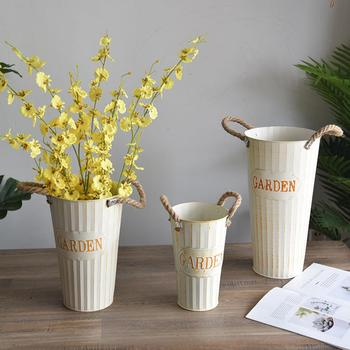Retro Thickened Iron Sheet Dry Flower Bucket Flowerpot Office Home Decoration Dry Flower Bucket Pot Container with Hook Balcony image