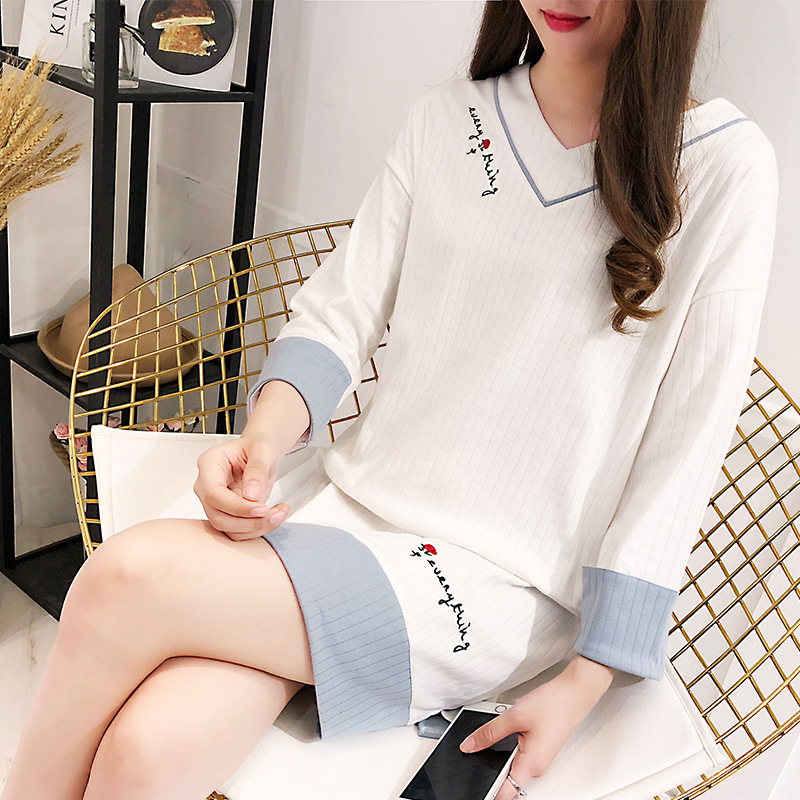 Nightgown Long Sleeve Sweet Thin V-neck Cute Thread Women's Pure Cotton Simple Students Collarless Thin Fashion Nightgown