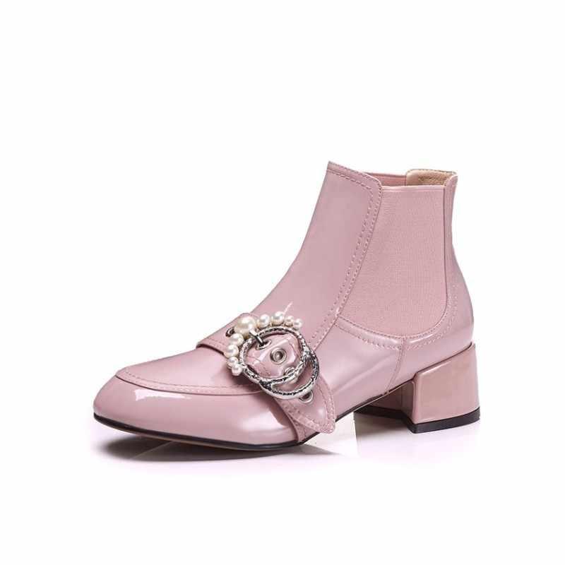 ใหม่ร้อนขายแฟชั่นผู้หญิงรองเท้าลูกปัดตกแต่งโลหะสำหรับผู้หญิงเชลซีรองเท้าสแควร์ Heel ข้อเท้ารองเท้ารองเท้าสีดำ