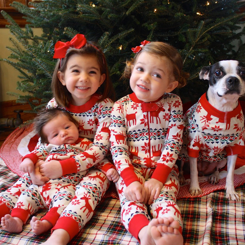 Family Christmas Pajamas Set Mom And Baby Kid Clothes Print Long Sleeve Sweatershirt+Pants 2pcs  Family Matching Clothes Outfit