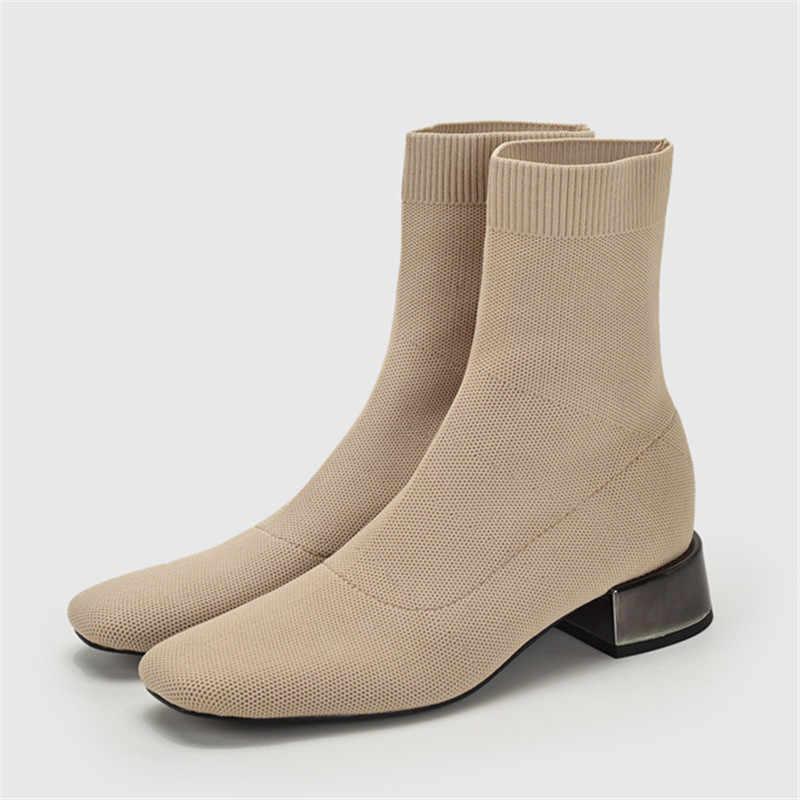 Elastik çorap çizmeler örgü yarım çizmeler kadınlar için kare orta topuklu Slim Fit Botas Mujer sonbahar kısa patik