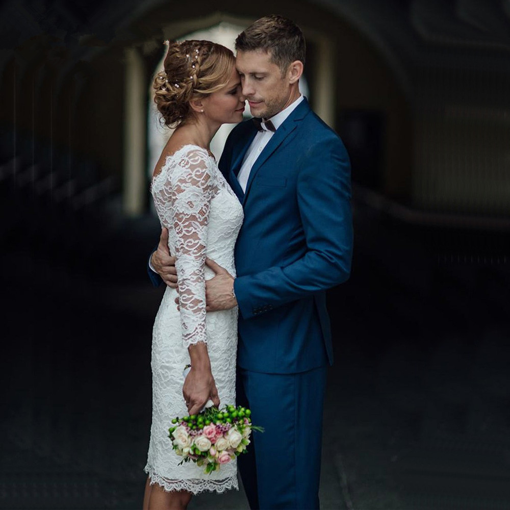 2019 French Lace Short Wedding Dress With Sleeves Scoop V-back Knee Length Bridal Gowns