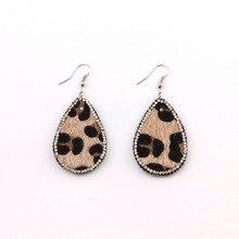 Vintage Leopard Geometric Oval Pave Crystal Leather  Water Drop Earrings Tortoiseshell PU Leather Teardrop Earrings For Women pair of vintage faux crystal oval drop earrings for women