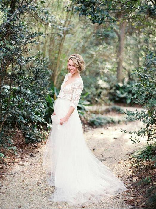 2018 Lace Half Sleeves A-line Bridal Gown Deep V-Nek Bodice And Tulle Floor Length Maternity Mother Of The Bride Dresses