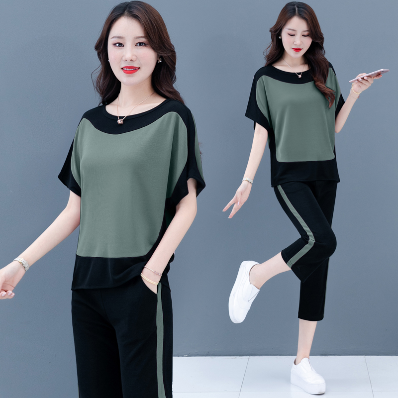 Summer Sports Two Piece Outfits Short Sleeve Cropped Pants New Plus Size 4XL 5XL 2 Piece Set Women Clothing Green Pink Burgundy