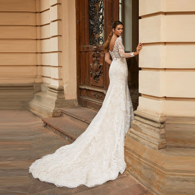 New Arrival Elegant Mermaid Lace Long Sleeve Bridal Wedding Gowns Plunge V Neckline Wedding Dresses for Bride Back Out Appliqued