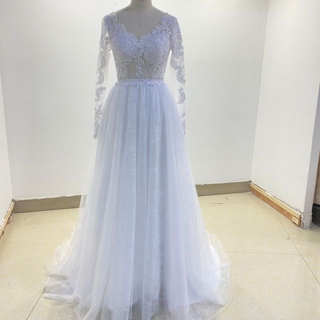 Long Sleeve Wedding Dress With Corset Low Back Floor length Lace Appliques Bridal Gowns White Tulle Organza Graceful V-Neck 6