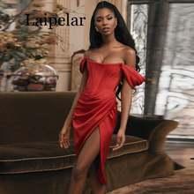 Женское платье с открытыми плечами красное вечернее облегающее