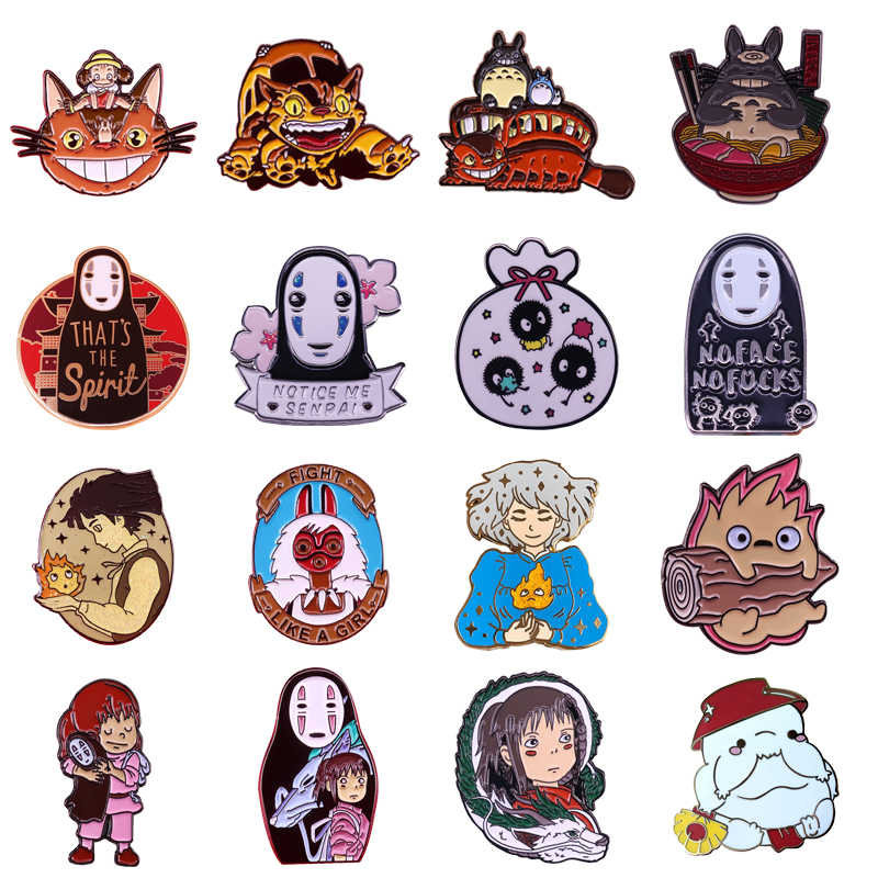 P4827 Dongmanli Anime Figure Collection Duro Smalto Pins e Spille Donne Risvolto Pin Borse Zaino Distintivo Regali