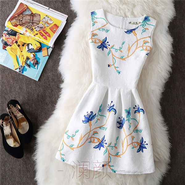 Vintage Print Women Dresses 3