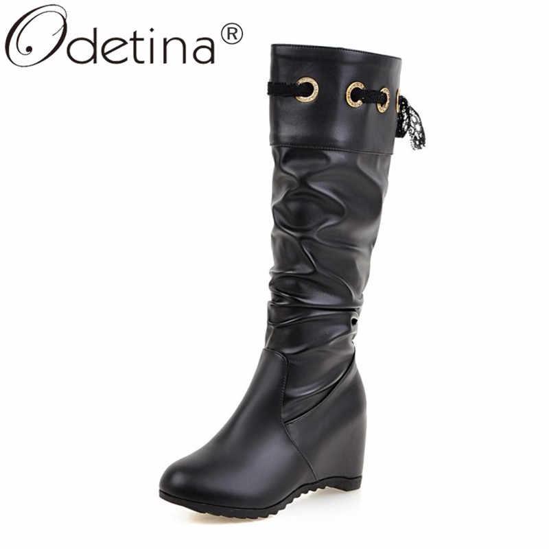 Odetina ผู้หญิงรอบ Toe จีบ Slouch Lady ฤดูหนาว Elegant โลหะตกแต่งลูกไม้ขึ้นลูกไม้ซ่อนส้นสูงเข่าสูงรองเท้า