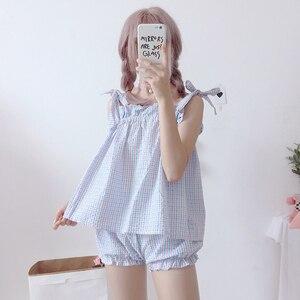 Image 2 - 2019 קיץ חדש kawaii נשים שני חלקים חליפת Harajuku מתוק חגורת רצועת למעלה + מכנסיים קצרים בית נקבה פיג מה סט