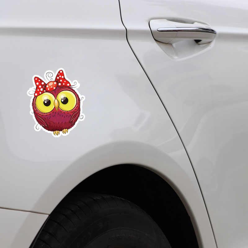 Aliauto 素敵な車のステッカーフクロウベビー赤弓アクセサリー漫画のビニールデカールフォルクスワーゲンポロゴルフアウディ A4 、 17 センチメートル * 14 センチメートル