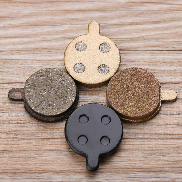 2 PCs Electric Scooter Brake Pads Rear Wheel Friction Plates for XIAOMI MIJIA M365 Scooter Semi-Metal Pads Skateboard Parts