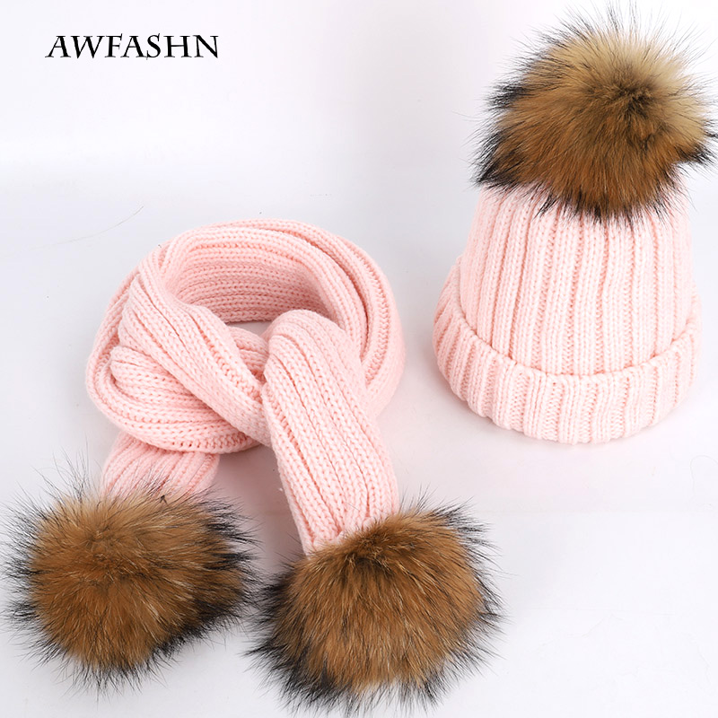 Fashion Ladies Two-piece Raccoon Fur Pom-pom Knitted Beanie Hat Scarf High Quality Soft Beanie Hats Warm Scarf Winter Warm Woman