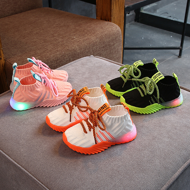 New Children Luminous LED Shoes Boys Girls Sport Running Casual Shoes Baby Flashing Lights Running Sneakers Toddler Shoes Kids