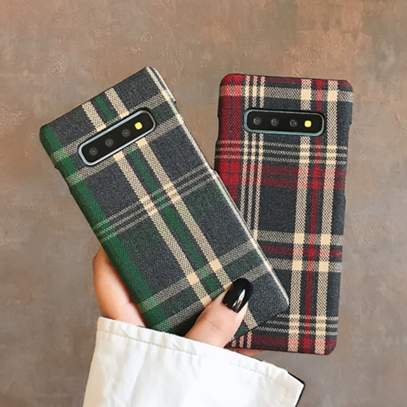 Heaf6d0b9609d4c27b90a8c05c859e3b8F YHBBCASES Retro England Tweed Plaid Fabric Hard Cases For Samsung Note 10 Plus Note 8 9 Grid Cloth Texture Phone Cover For Samsung Galaxy S10 S8 S9 Plus Winter Warm Checkered Couples Phone Case