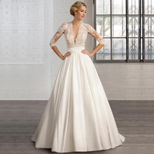 V Neck Lace Appliques Wedding Dress Vestido de Noiva Robe Mariage Long Sleeves Satin Skirt with Button Bridal Gowns