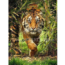 Animal Diamond Embroidery 5D DIY Diamond Painting Christmas Tiger Cross Stitch Full Rhinestone Mosaic mooncresin diamond painting cross stitch comfortable tiger animal diy diamond embroidery full round 5d diamond mosaic decoration