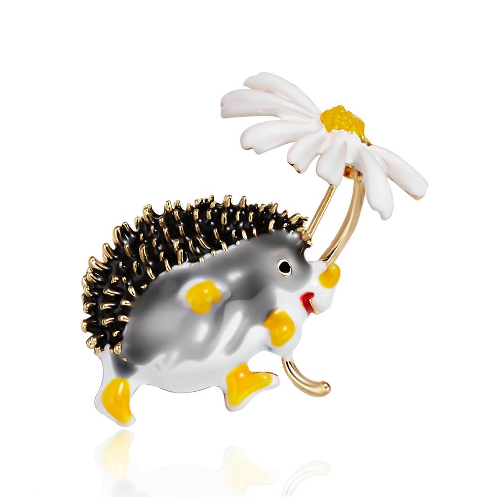 Rinhoo Cute Hedgehog Brooch Fashion Daisy Brooches For Women Animal Jewelry Funny Winter Design 7 Colors High Quality New 2021
