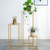 Nordic Gold Metal Plant Stand Indoor White Flower Metal Stand Outdoor Metal Shelf Home Balcony Decorations Metal Garden Decors