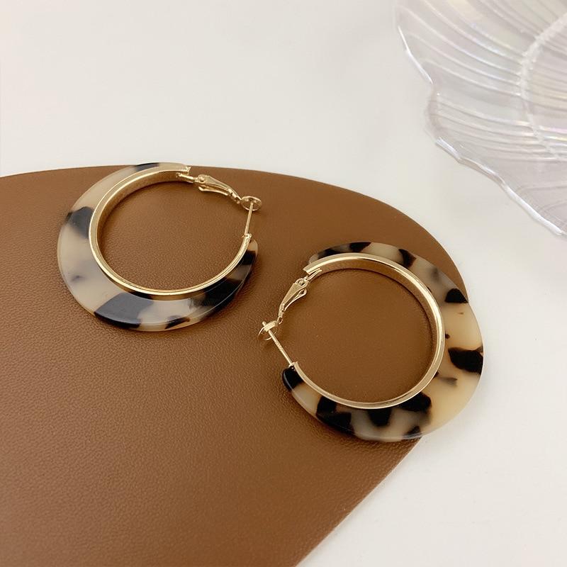 Женские акриловые серьги-кольца в виде черепахи, леопардовые серьги-кольца из смолы на осень и зиму