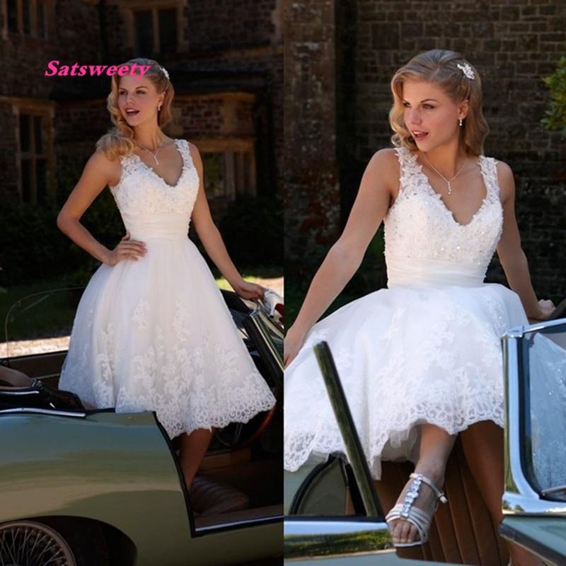 Hot Sale 2020 Lace Short Wedding Dress V-neck Sleeveless Appliques Tea Length Bride Gown Vestido De Noiva Cheap Elegant Wedding