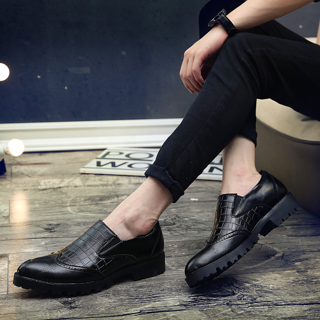 Italian Mens Dress Shoes loafer Luxury Leather Shoes Fashion slip on brogue Vintage Retro Party Formal Business Shoes for Men 4