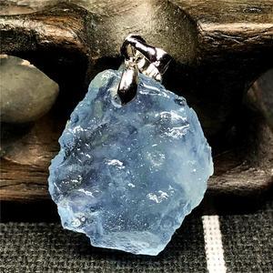 Image 2 - TOP NATURAL Clear Blue Aquamarineหินจี้สำหรับผู้หญิงLady Manคริสตัล 22x20x6 มม.ลูกปัดเงินอัญมณีแฟชั่นเครื่องประดับAAAAA