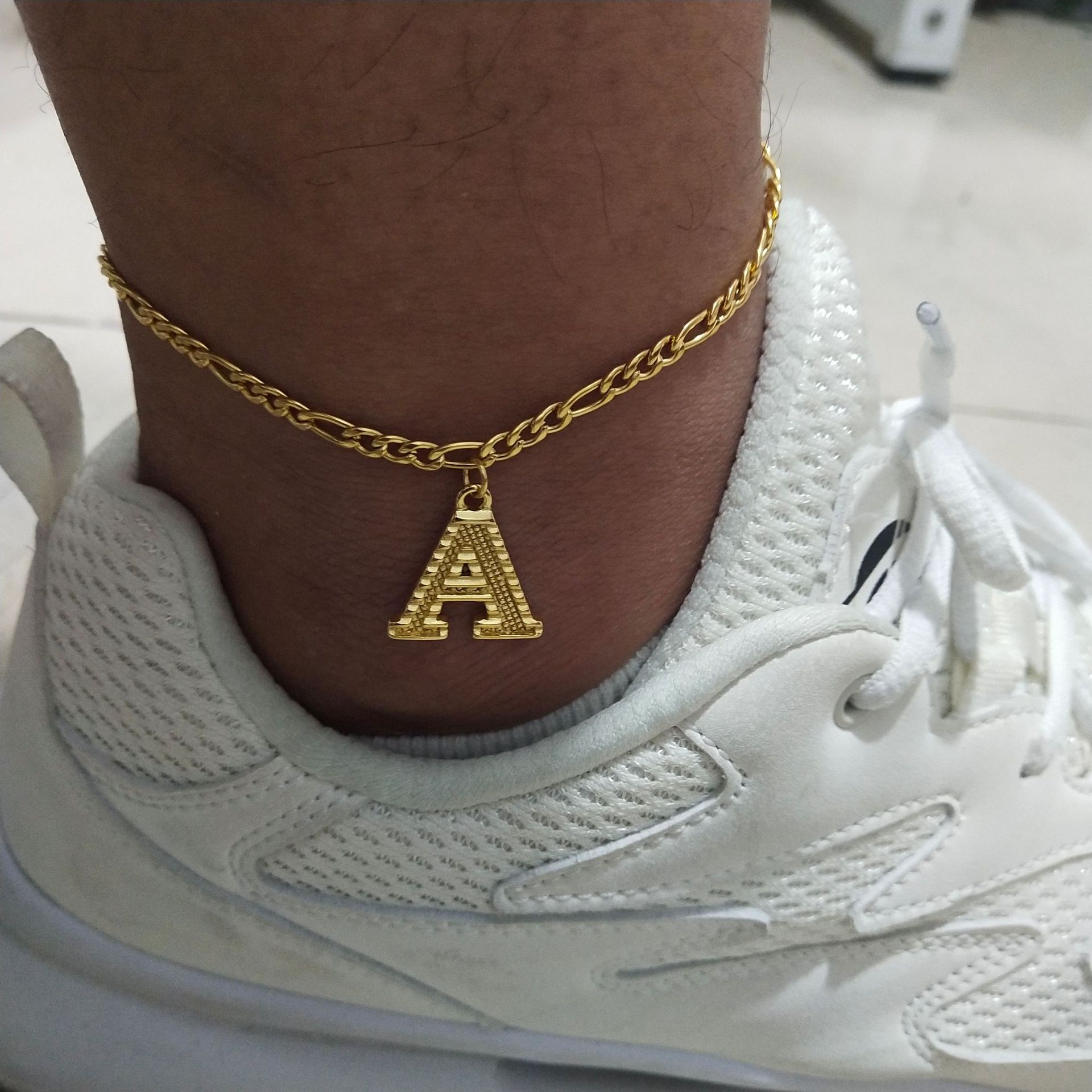 18K Gold Color Metal Initial Anklet 26 English Capital Letter Charm Figaro Chain Anklet A-Z Pendant Anklet For Womens Men Jewel