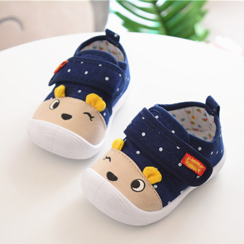 Baby Shoes Boys Girl Breathable Shoes Sneakers Soft Soled Voiced Loss Prevention First Walkers