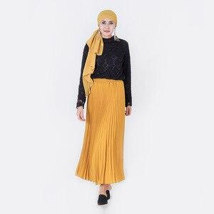 Image 5 - Zarif müslüman bluz ve gömlek kadınlar uzun kollu dantel dip üstleri ofis bayanlar bahar Hollow Out Dubai İslami giyim
