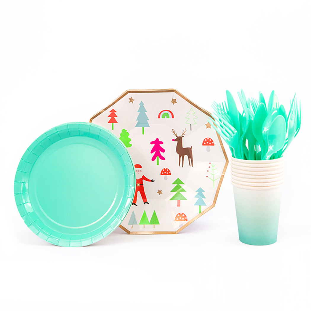 40Pcs/set Christmas Theme Party Disposable Tableware Set Cartoon Decorative  Paper Cup Plate Birthday Party Decorations Supply