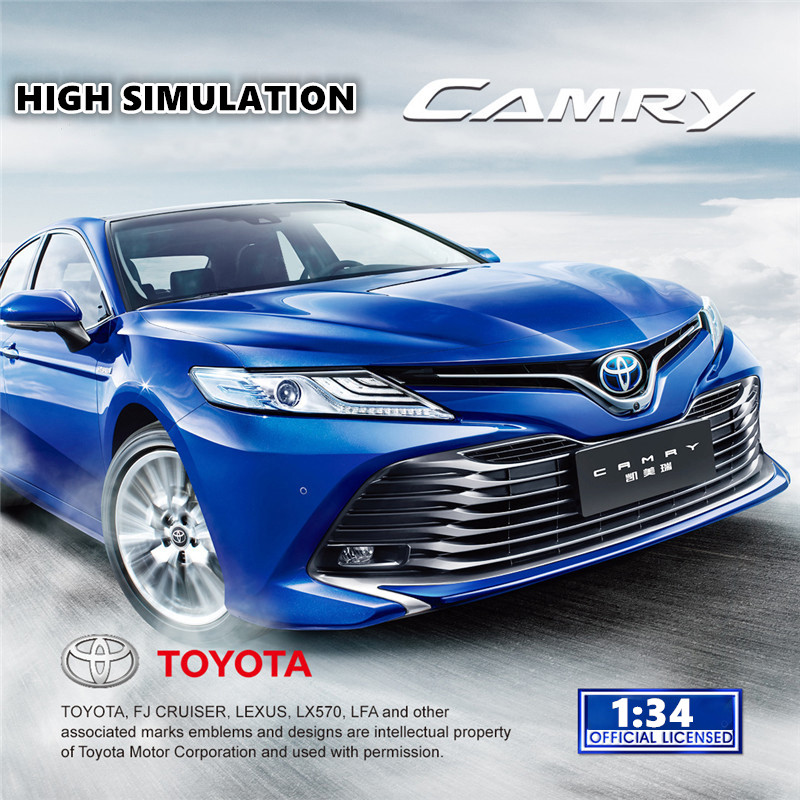 1:34 Alloy Diecast Metal Car Model For Toyota CAMRY Miniature Collection Diecast Model  Car Suit Toys For Children Birthday Gift