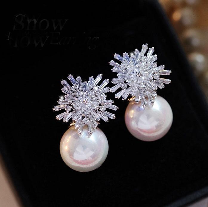 Carré de luxe autrichien cubique zircon boucles d'oreilles pour les femmes mode Imitation perle neige fleur mariée fille bijoux CEP075E