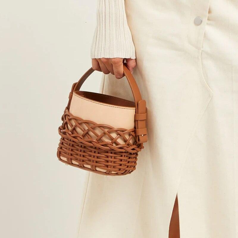 Tecido com Painéis em Forma Bolsas de Ombro Bolsa para Mulheres 2020 da Moda Novo Líquida Bolsa Balde