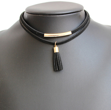 Simple Design Black Choker Necklaces For Women and Girls Fashionable Accessories Beautiful Ladies Wholesale Selling fashionable color block and leaf pattern design satchel for women
