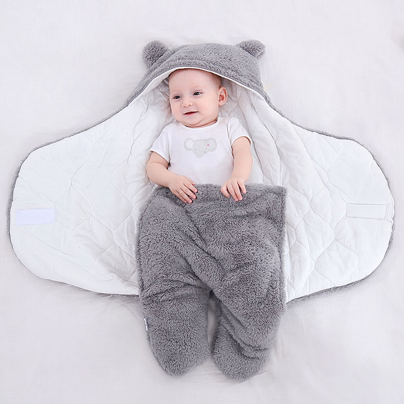Newborn Sleeping Bag Autumn Winter Swaddling with  Legs Thick Velvet Swaddle Wrapper Cotton Quilt Stroller Kick-proof Quilt