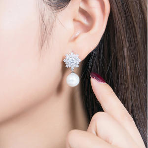 Silver Pearl Flower CZ Earrings Female Lady Cubic Zirconia Fashion Wedding Jewelry
