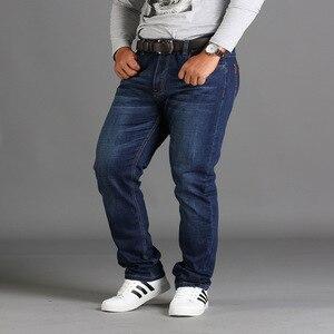 Image 2 - אביב עונה loose גדול גודל מכנסיים מכנסיים שחור בתוספת גודל XL למתוח ג ינס גברים של קיץ דק סעיף 48 46 44 42 40 38