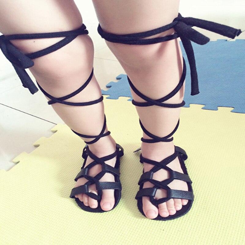 Кожаные сандалии на плоской подошве со шнуровкой для маленьких девочек; римские сандалии для девочек; детские высокие сандалии-гладиаторы;