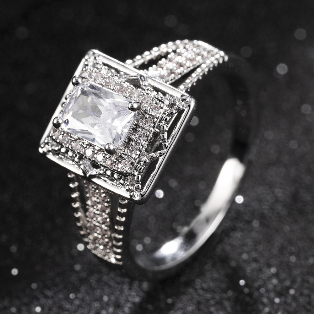 2020 Gorgeous Wedding Rings Crystal Women Silver Jewelry White Ring Size 6-10 Engagement Rhinestone Ring