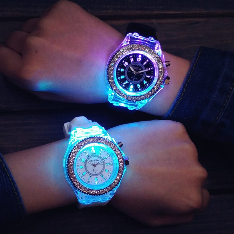 Led Flash Luminous Watch Personality Trendy Students Lovers Frozen Women Men Watches 7 Color Light Wristwatch Bayan Kol Saati