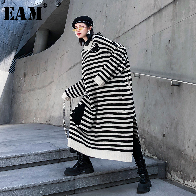 [EAM] Women Hollow Out Striped Big Size Knittied Dress New Round Neck Long Sleeve Loose Fit Fashion Spring Autumn 2020 1K219