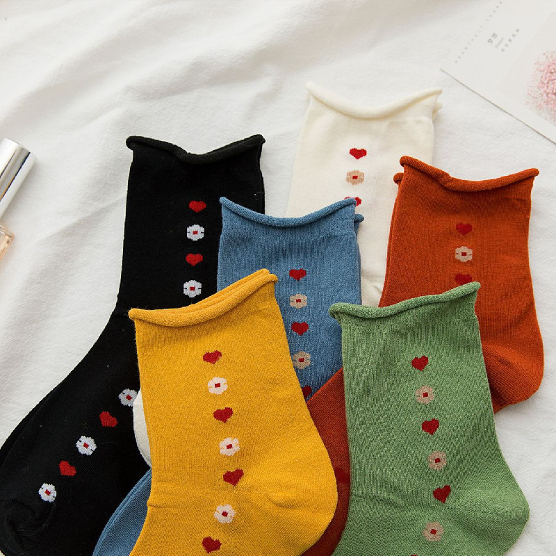 New Cotton Socks For Women With Small Curly Middle Tube Socks And Loose Mouth Socks