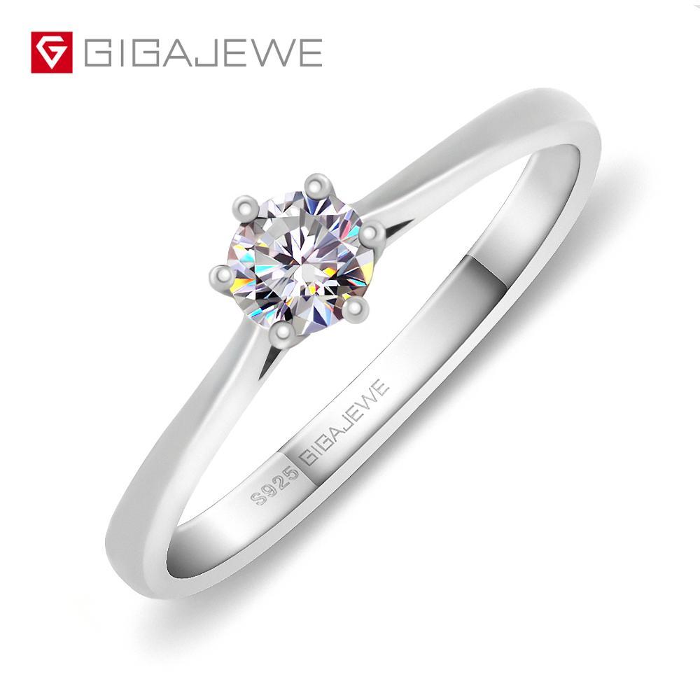 GIGAJEWE 0.3ct 4mm Round Cut EF VVS1 Moissanite 925 Silver Ring Diamond Test Passed Fashion Love Token Fashion Girlfriend Gift(China)