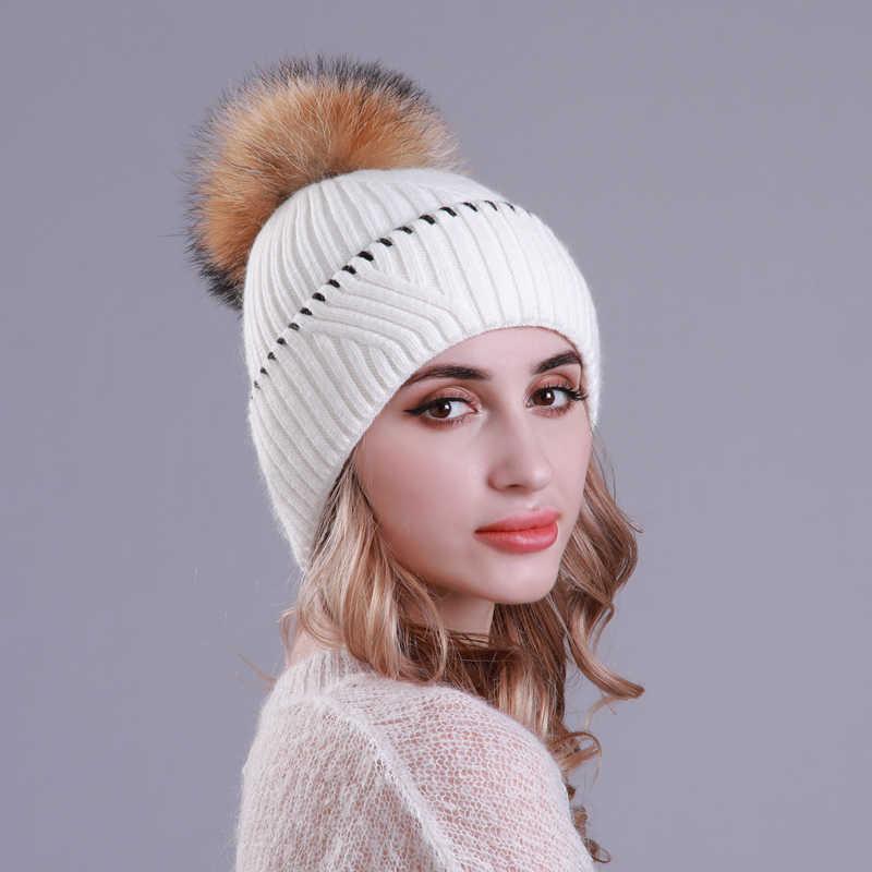 Único Multidão Mulheres Chapéus De Lã Chapéu de Inverno Quente Tampas De Malha Com Pompom De Pele de Guaxinim Real Para O Sexo Feminino Moda Skullies Gorros